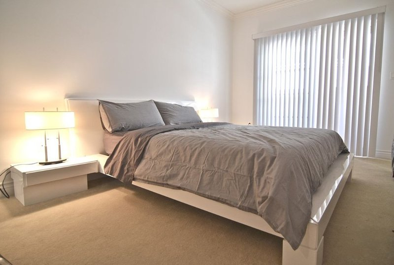 Furnished 3-Bedroom Apartment at S Westgate Ave & Mayfield Ave Los Angeles - Image 1 - Westwood  Los Angeles County - rentals
