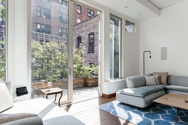 One Fine Stay - East 83rd Townhouse II - Image 1 - New York City - rentals