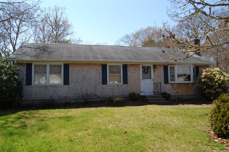 39 Pine Grove Rd - Great location -ID# 812 - Image 1 - South Yarmouth - rentals