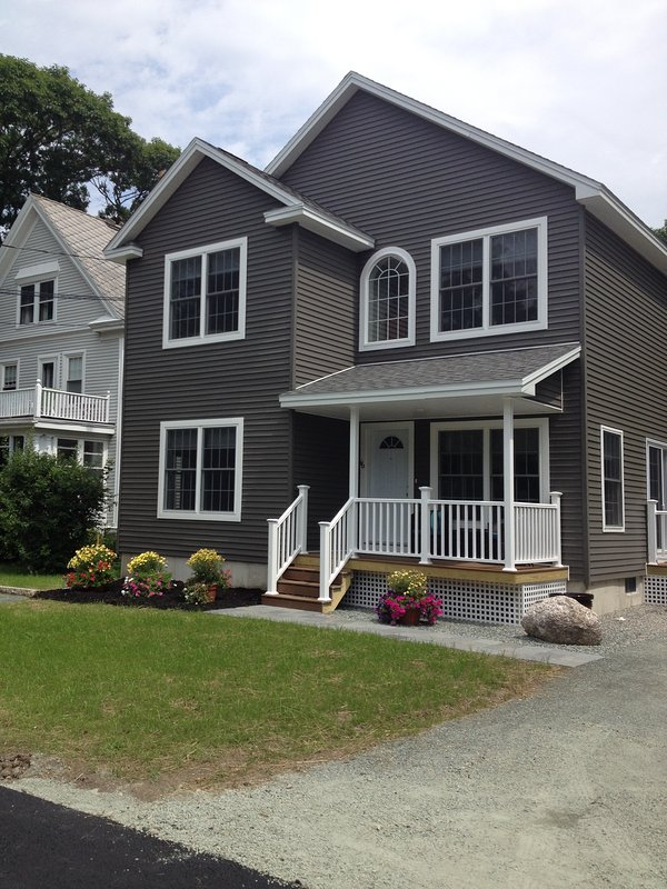 The Carriage House 16 Holland Ave Bar Harbor - The Carriage House in Downtown Bar Harbor! - Bar Harbor - rentals
