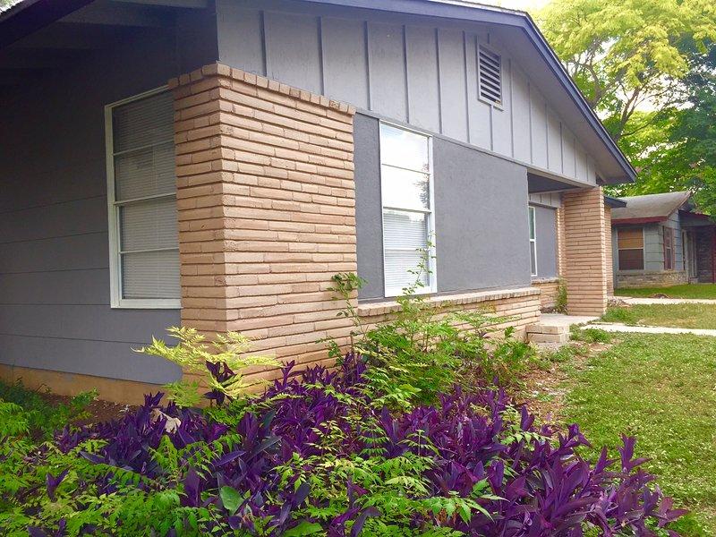 4 Bedroom 3 bath house close to Medical Center - Image 1 - San Antonio - rentals