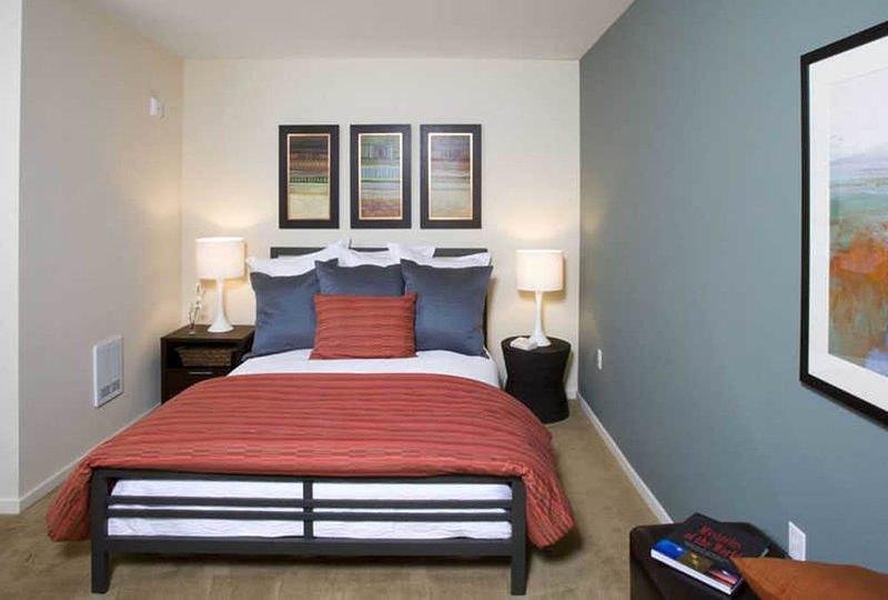 Amazing, Well Lit 1 Bedroom, 1 Bathroom Apartment in Redmond - Image 1 - Redmond - rentals