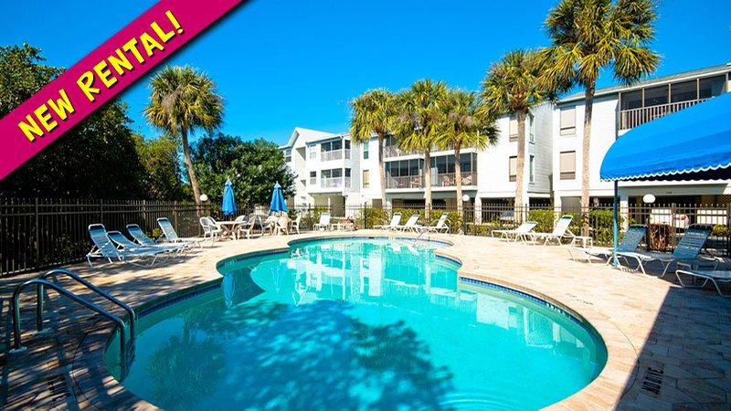 New Rental! - Coastal Hideaway: 2BR Family-Friendly Condo - Holmes Beach - rentals