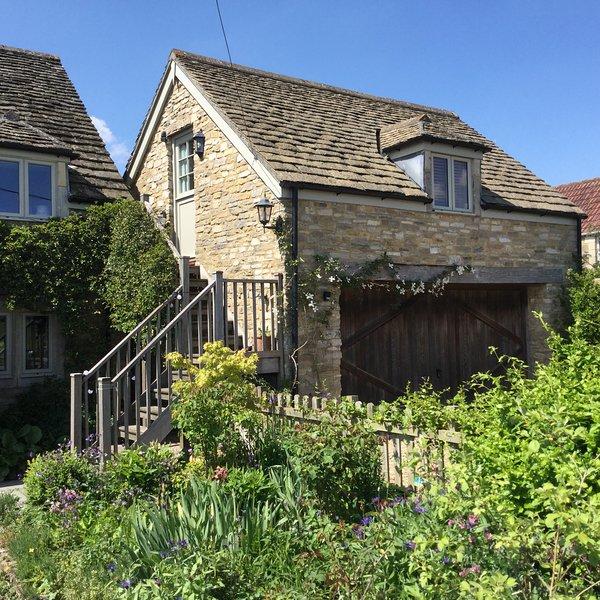The Studio, Wiltshire, nr Bradford on Avon & Bath - Image 1 - Bath - rentals