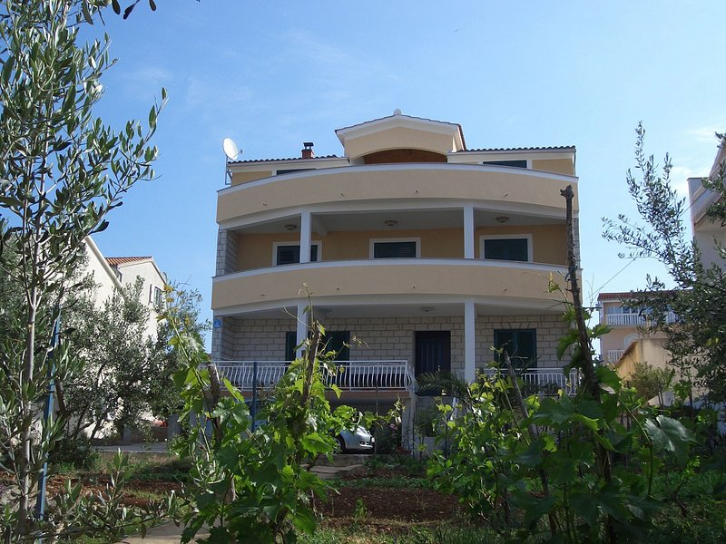 house - 4943  A2(12) - Brodarica - Brodarica - rentals
