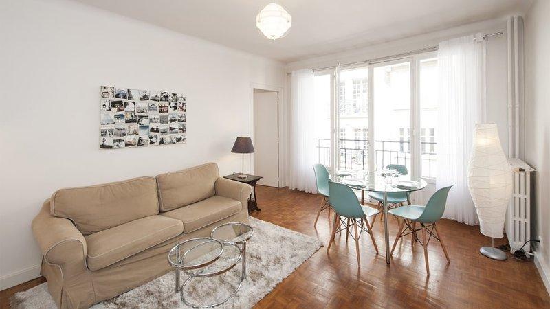Two bedrooms   Paris Luxembourg district (344) - Image 1 - Paris - rentals