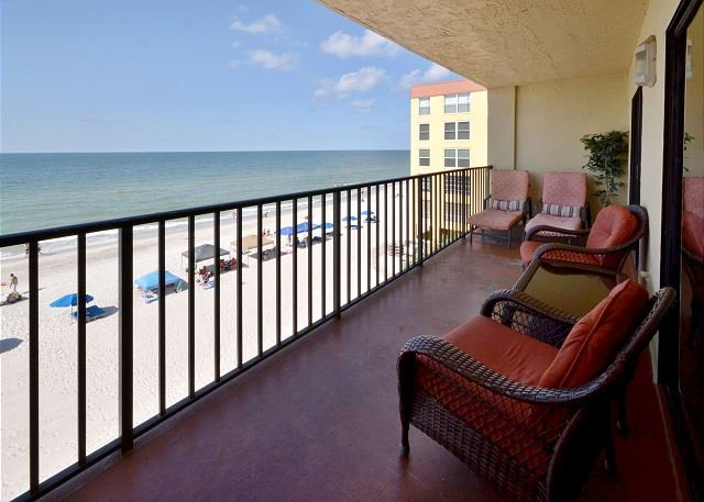 Balcony with view of the gulf - Las Brisas 306 Gulf Front with Updated Kitchen, Free WiFi &  2 Parking Spaces - Madeira Beach - rentals