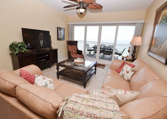 La Vistana 703-Luxury Gulf Front 3 Bed, Pool, 2 Spas, BBQ and a Fitness Room! - Image 1 - Redington Shores - rentals