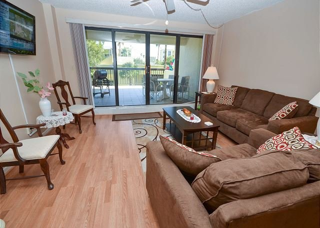 Elegant Living - Boca Vista 213- Madeira Beach Condo - Pool, Spa, Tennis Courts and Boat Slip! - Madeira Beach - rentals