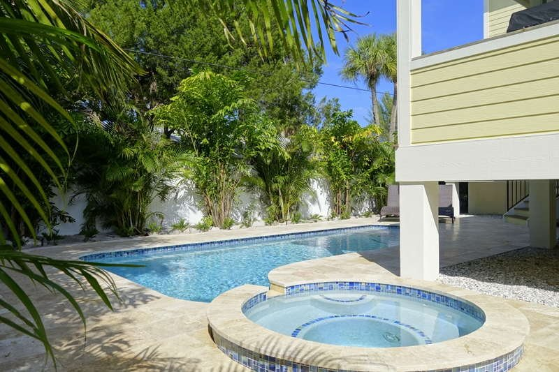 Pool 1 - DRIFTWOOD COTTAGE - Holmes Beach - rentals
