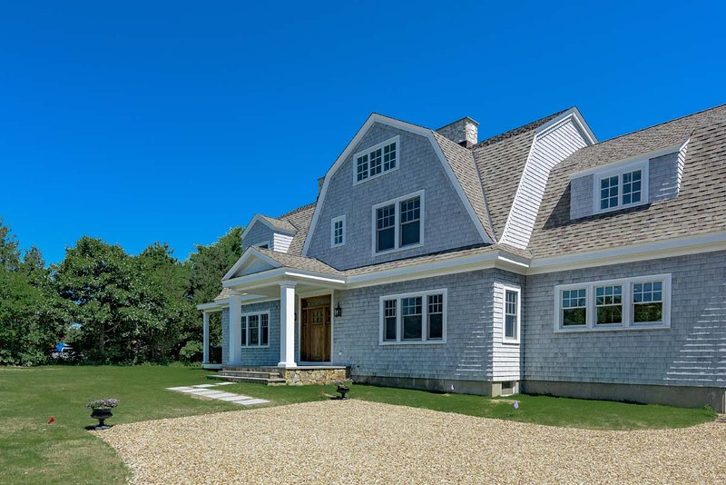 Front of House - BETTD - Outstanding Family  Retreat, New to Market,  Private Location, Easy Bike Ride to Edgartown Village Center - Edgartown - rentals