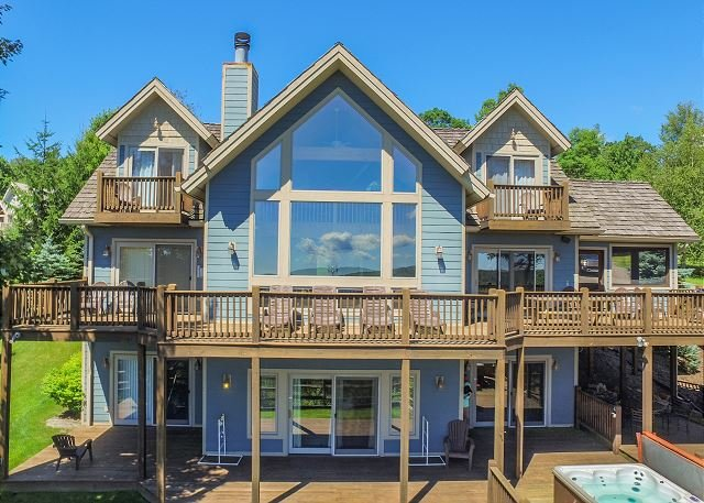 Exterior - Exquisite 5 Bedroom Mountain Home offers breathtaking panoramic lake views! - McHenry - rentals