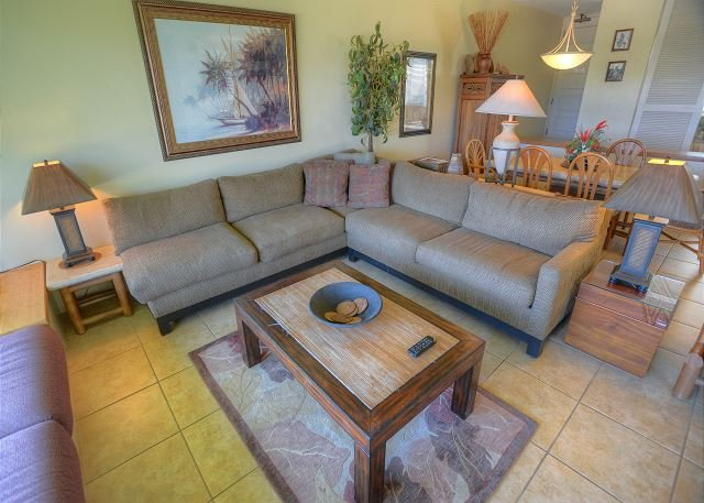FALL SPECIALS! Spacious Renovated 2-bedroom Condo with Central A/C! - Image 1 - Wailea - rentals