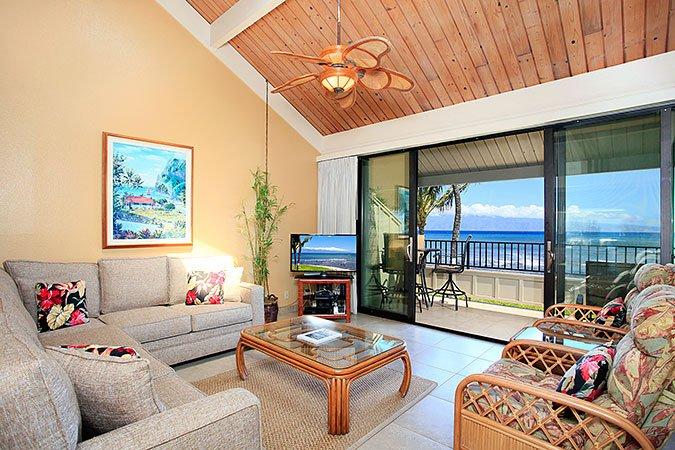 Unit 33 Ocean Front Prime Deluxe 2 Bedroom Condo - Image 1 - Lahaina - rentals