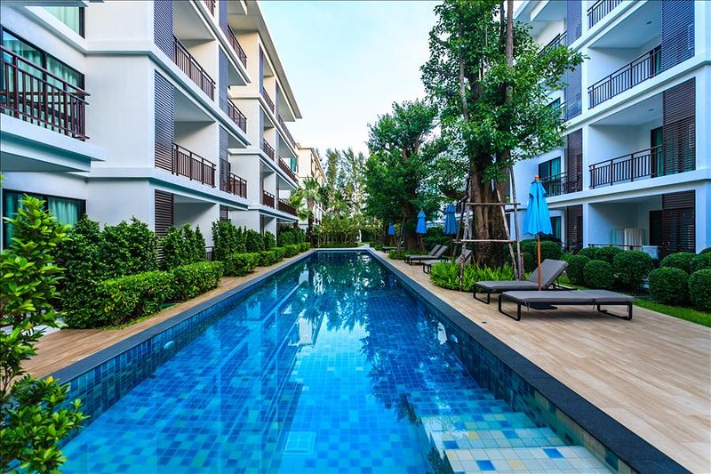 1 bedroom apartment on Rawai Beach, pool, gym & sauna - Image 1 - Rawai - rentals