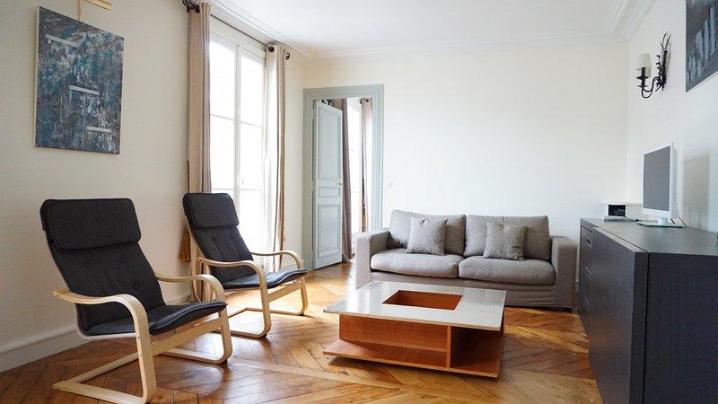 308018 -  rue de Ponthieu - PARIS 8 - Image 1 - World - rentals