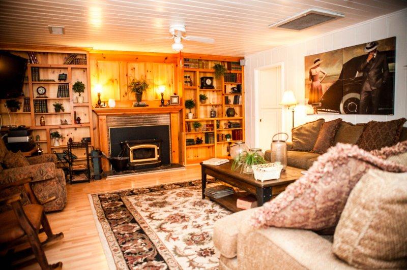 Furnished 3-Bedroom Home at Woodland Pkwy & El Norte Pkwy San Marcos - Image 1 - San Marcos - rentals