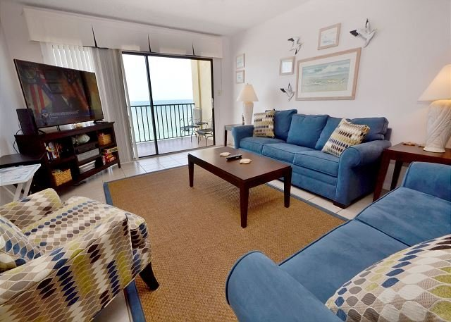 Living Room - Las Brisas 404 Gulf Front 4th Floor Condo with 46 in Widescreen TV and WiFi! - Madeira Beach - rentals