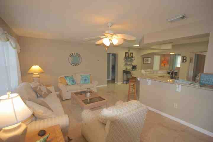 Stephy's Place - Image 1 - Indian Rocks Beach - rentals