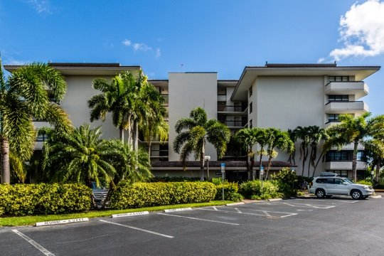 Building - South Seas East B502 - Marco Island - rentals