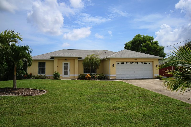 Front - Sunny Side - Cape Coral - rentals