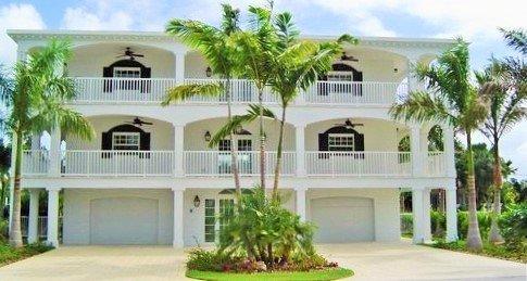 P15 5 bdm Luxury Coury Drive Pool home - Image 1 - Key Colony Beach - rentals