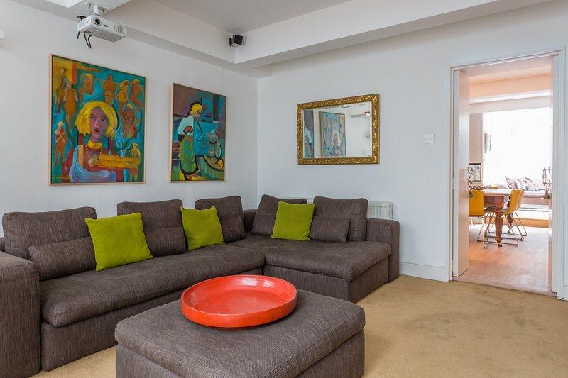 One Fine Stay - De Vere Gardens II apartment - Image 1 - London - rentals