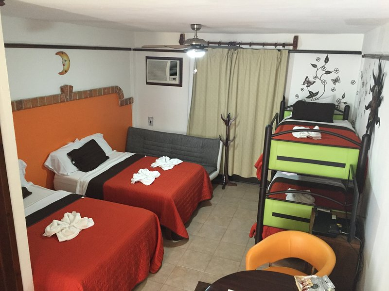 family room - Suite Fenicia  R7 - Playa del Carmen - rentals