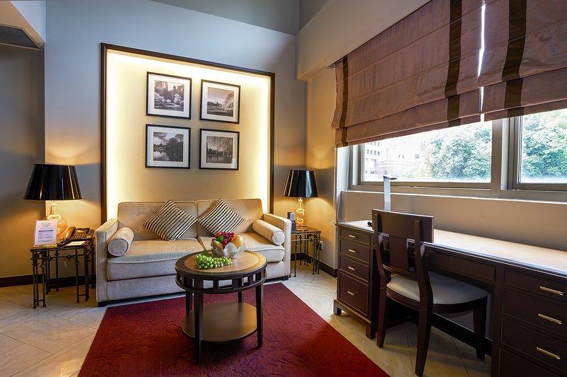 Living Area - Orchard Parksuites One-Bedroom Loft - Singapore - rentals