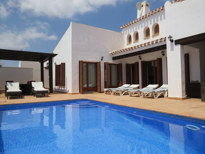 South Facing Terrace and Heated Swimming Pool - Detached 3 bedroom Villa, HEATED Swimming pool. - Region of Murcia - rentals