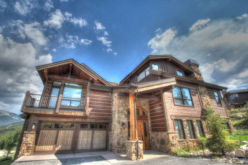 "SkyRun Property - ""LR902  The Chalet at Lewis Ranch"" - The Chalet - The Chalet Lewis Ranch 902 exterior. - LR902  The Chalet at Lewis Ranch - Copper Mountain - rentals"