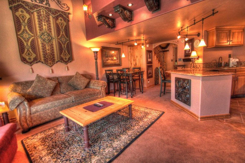 """SkyRun Property - """"TL504 Telemark Lodge"""" - Condo View - Very luxurious and nicely remodeled condo! - TL504 Telemark Lodge - Copper Mountain - rentals"""