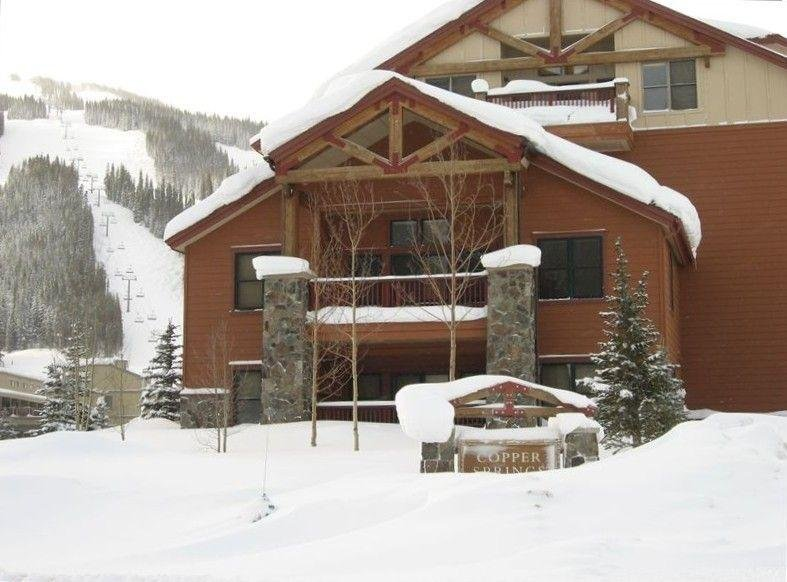 """SkyRun Property - """"CS210 Copper Springs"""" - Copper Springs Lodge - This spacious end unit has a great balcony with no one above the unit! - CS210 Copper Springs - Copper Mountain - rentals"""