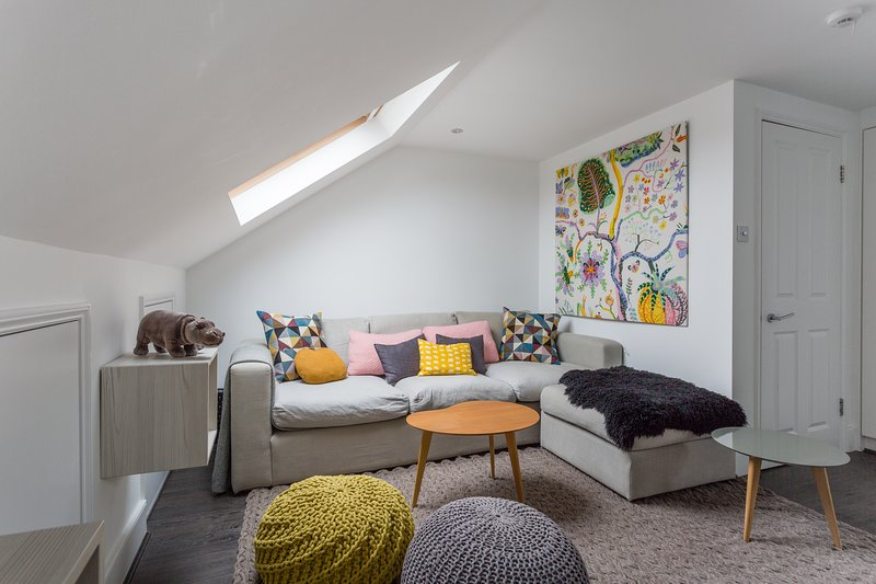 One Fine Stay - Petley Road - Image 1 - London - rentals