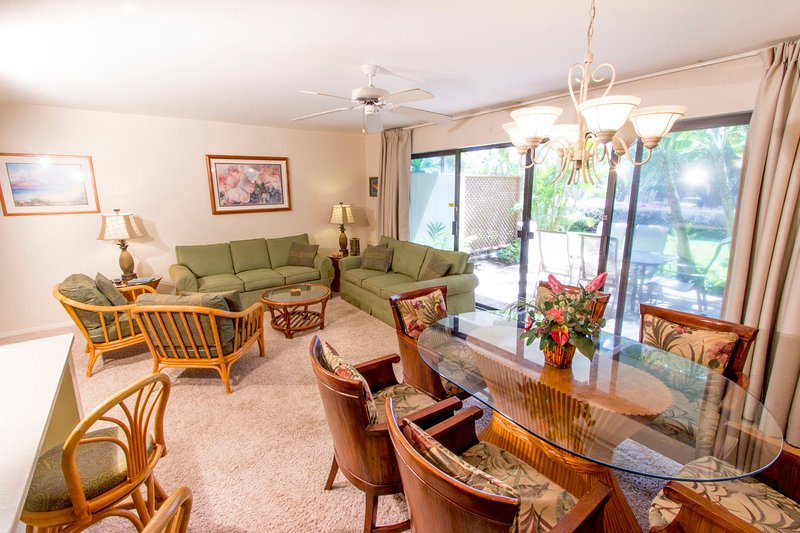 Ground Floor; Steps from Large Pool; Walk to Beach - Image 1 - Kihei - rentals