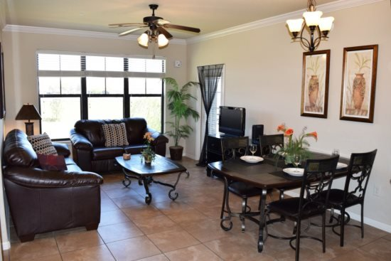 3 Bed Luxury Condo with lake View. 914CP-132 - Image 1 - Davenport - rentals