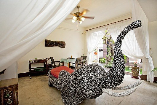 Luxury 8 bed pool villa with Jacuzzi - Image 1 - Jomtien Beach - rentals