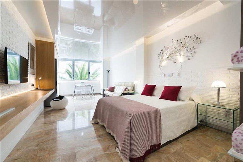 Suites Garden 5 Loft Munch - Image 1 - Las Palmas de Gran Canaria - rentals