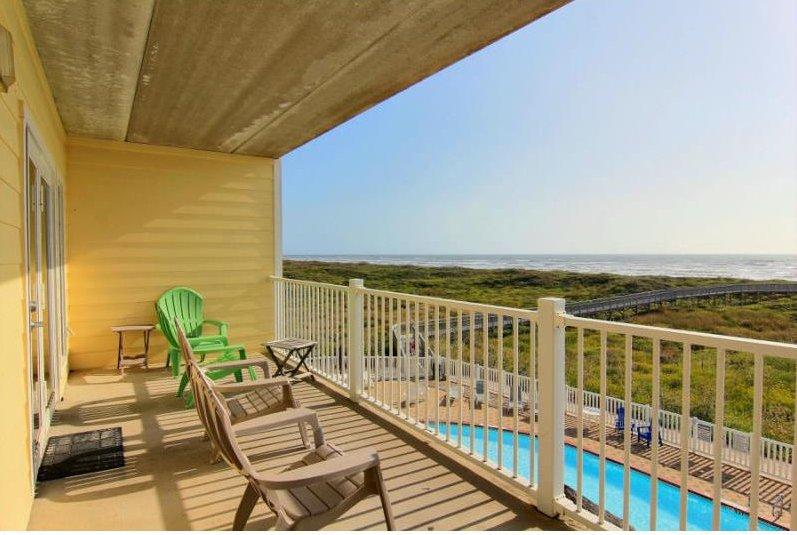 Grand Caribbean 3005, 2 bedroom beachfront condo - Image 1 - Port Aransas - rentals
