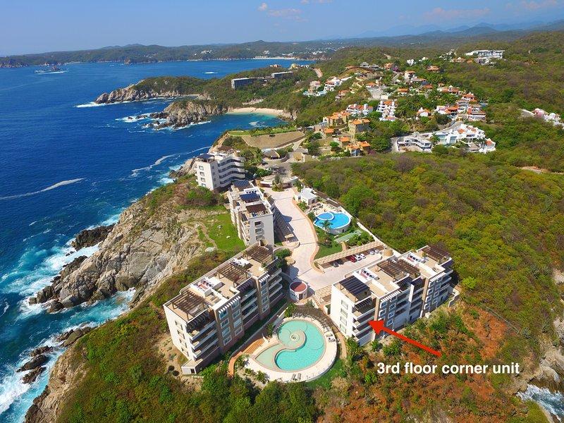 3rd Floor Corner Condo Excellent Ocean Views. Overlooks the pool. - Huatulco:  Luxury Ocean Front Condos - Huatulco - rentals