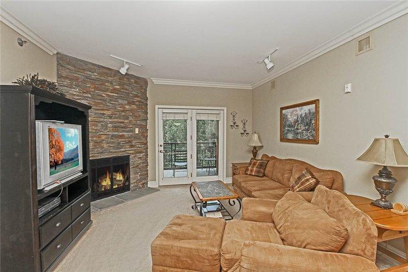 Baskins Creek 404 - Image 1 - Gatlinburg - rentals