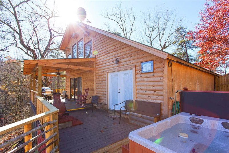 Bearfoot Cabin - Image 1 - Sevierville - rentals