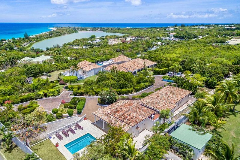 La Belle Casa, 9BR vacation rental in Terres Basses, St Martin 800 480 8555 - LA BELLA CASA... one of the largest villas on the island, bring the whole family! - Terres Basses - rentals