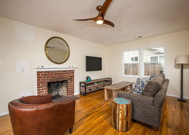 Newly Remodeled 3 Bedroom Beach House in Solana Beach - Image 1 - Solana Beach - rentals