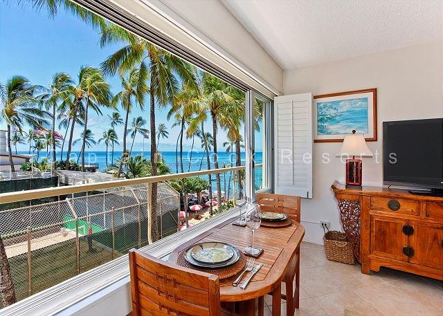 Diamond Head Beachfront Building on Quiet End of Waikiki! - Image 1 - Waikiki - rentals