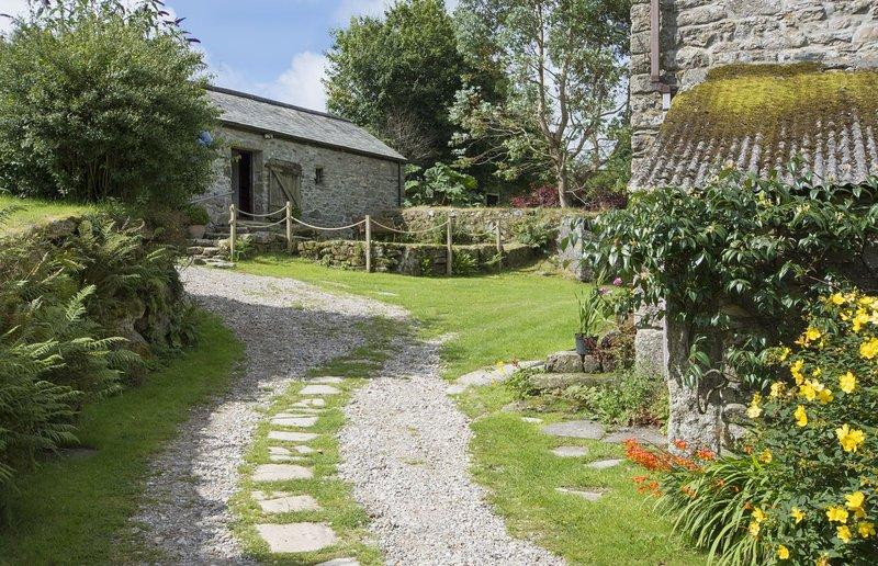 Buster Barn - Image 1 - Sampford Spiney - rentals