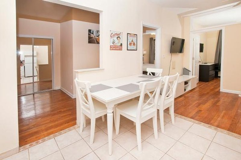 BEAUTIFUL AND SPACIOUS 2 BEDROOM, 1 BATHROOM APARTMENT - Image 1 - New York City - rentals