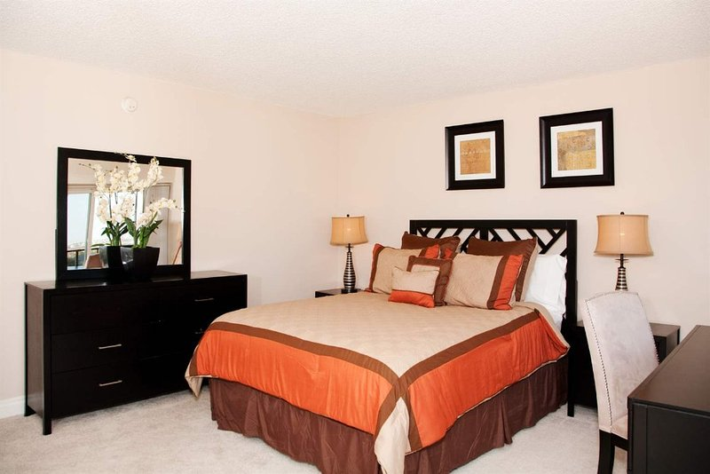 SIMPLY THE BEST  FURNISHED 1 BEDROOM 1 BATHROOM APARTMENT - Image 1 - Venice Beach - rentals