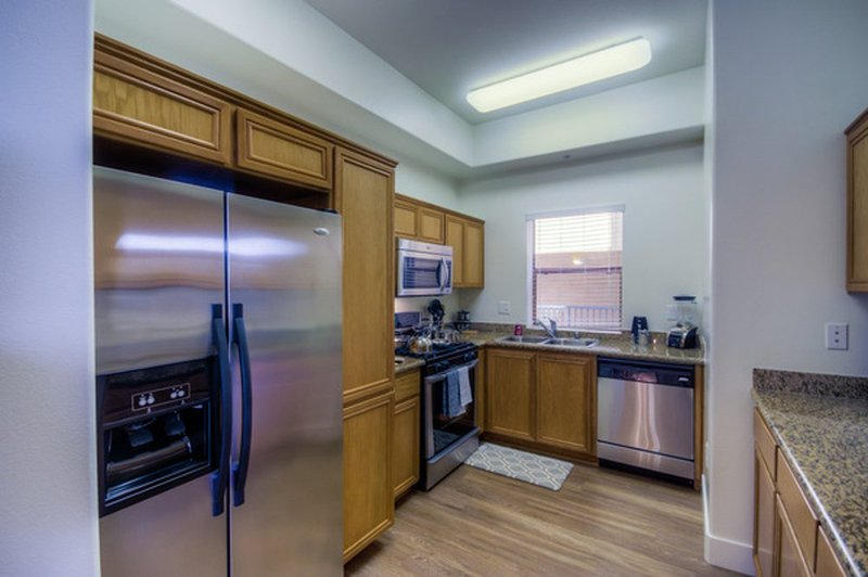 COMFORTABLE, CLEAN AND SPACIOUS 2 BEDROOM, 2.5 BATHROOM APARTMENT - Image 1 - Chicago - rentals
