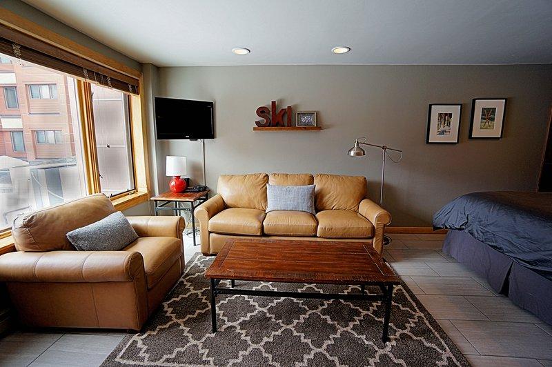 Invitingly Furnished  Studio  - 1243-114212 - Image 1 - World - rentals